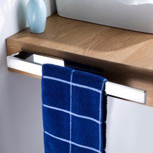 robust Chrome towel bar